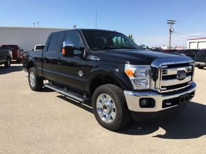 2016 Ford F-250 Lariat Navigation, Moon Roof, Remote Start