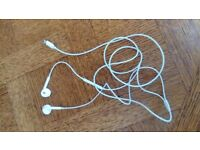 Apple lightning headphones earphones. 1m cable
