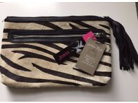 BLACK LEATHER & ANIMAL PRINT CLUTCH / LARGE PURSE