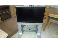 LCD 32ins panisonic TV with freeview and strand in good working condition