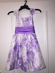 Girls fancy mauve dress, size 8