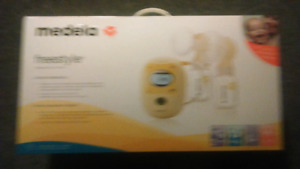 Never used brand new medulla freestyle double breast pump