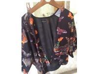 Gorgeous top shop kimono size 10