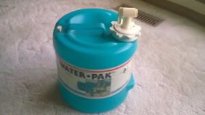 AS NEW WATER CANTEEN WATER JUG COOLER, LIKE NEW