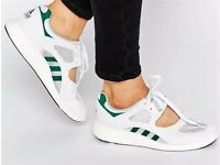 Woman's Adidas Equipment Racing White Green Shoes Sneakers size 5