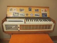 Pianor 111 Italian Organ (No24281) Made By Farfisa