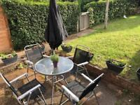 Garden set 4 chairs 1 table 1 parasol