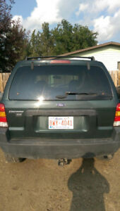 2003 Ford Escape XLT Minivan, Van