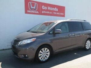 2011 Toyota Sienna XLE, 7 SEATS, LEATHER