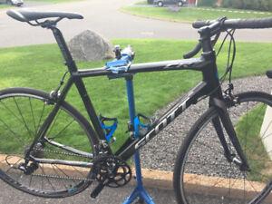 Vélo de route Scott Cr1 Élite 56cm