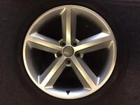 Audi A4/ A6 alloy wheel 9x18 for sale only got one good condition £145 call 07860431401