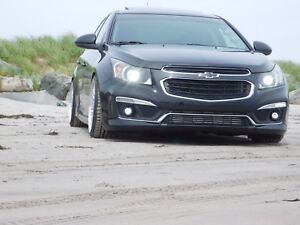 Mint 2015 chevy cruze 2lt rs. Low kms