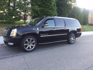 2008 Cadillac Escalade ESV Fully Loaded Navigation XL15800$O.B.O