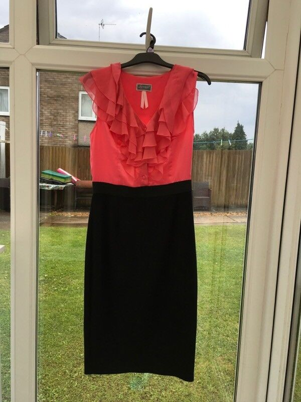 Lipsy pinkblack dressin Penylan, CardiffGumtree - Lipsy pink & black dress Brand new without tags Beautiful frills on front and back Size 8 adults Bought for £80