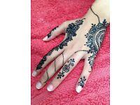 Henna/mhendi artist