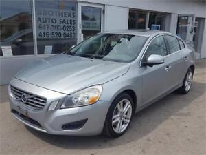 2011 VOLVO S60 T6 ALL WHEEL DRIVE    NAVIGATION    BACK UP CAM  