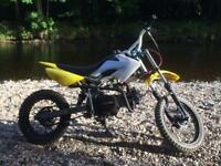 125cc pitbike 160ono or swap for decent phone on EE