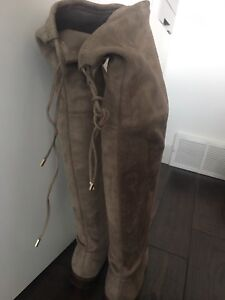 Arnold Churgin knee high suede boots
