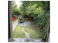 Large double bedrooms in large shared house, Chatham/Medway border, Kent