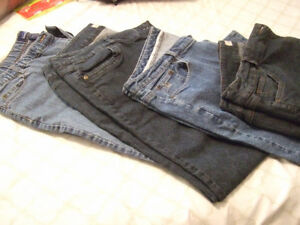 JEANS 4 PAIRS