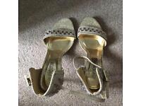 Ladies shoe - size 6 - brand new/unworn