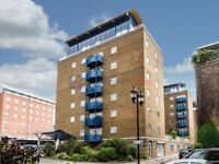 3 bedroom flat in Jardine Road, Limehouse E1W