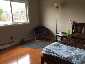 Spacious 2 Bedroom apartment for rent - August 1st
