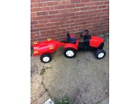 Kid's tractor and trailer