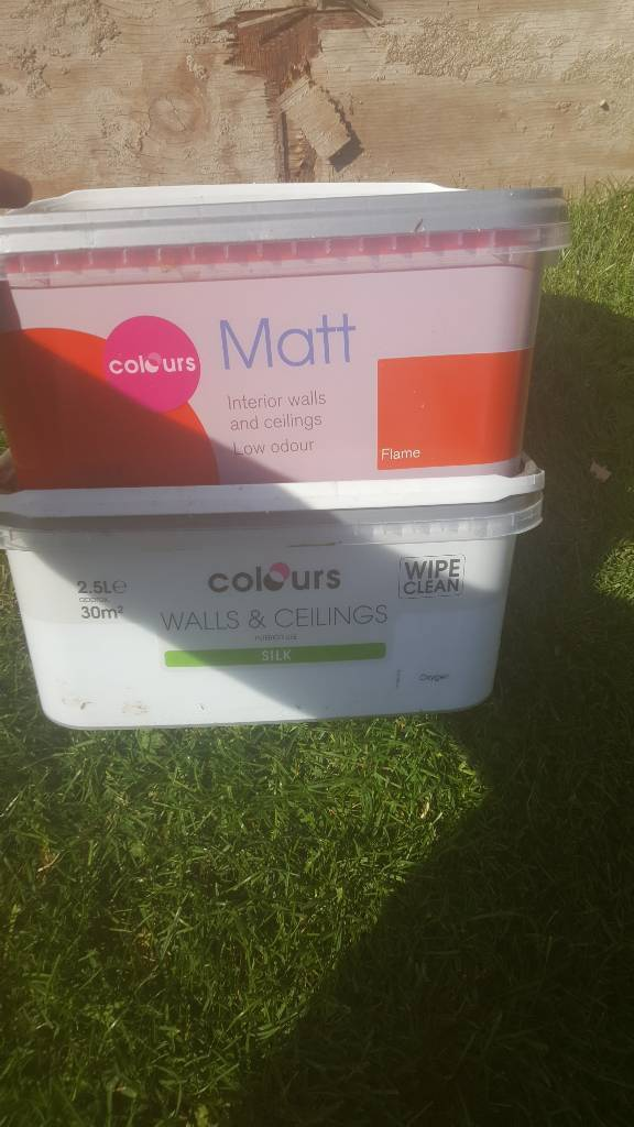 B&Q paint £5 per tub