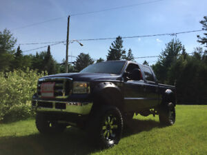 2005 Ford F-350 Lariate Camionnette