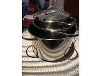 Swiss pro quality saucepan set - four graduated saucepans with lids