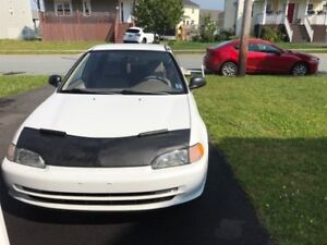1995 Honda Civic White Sedan 3500 obo Low KM