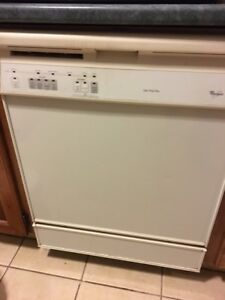 Whirlpool Dishwasher in good Condition