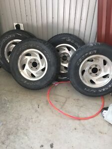 Tires and ford rims  1999-2003 Ford F-150