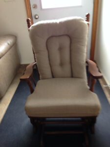 FURNITURE - EVERYTHING MUST GO!  NO REASONABLE OFFER REFUSED!