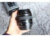 Canon EF 85mm f/1.8 USM Lens (Like NEW)