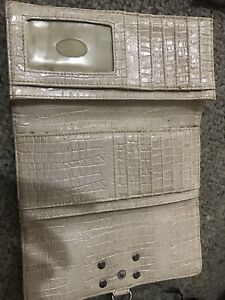 Authentic guess wallet beige off white
