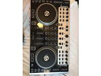 Numark N4 DJ decks