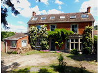 Large versatile 9 bed property ideal for partial letting or B&B and/or would split into 2 properties