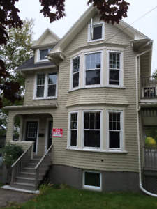 Beautiful 4 bedroom, 2 bath, 2 level - Across from SMU - Sept 1