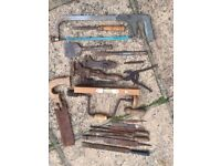 Quantity of old tools