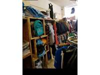 Bulk/buy job lot of clothing. Over 2200 pieces