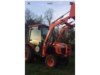 KUBOTA 30HP COMPACT TRACTOR, FRONT LOADER, ONLY 100 HOURS USE, HYDROSTATIC, AIR CON, NO VAT