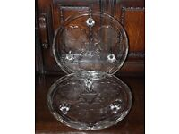 Pair of 2 Vintage Retro 3 Footed Pressed Glass Cake Stands Leaves Pattern