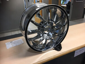 New 18 Inch x 8.5 Chrome Turbine Chevy / GMC Rims