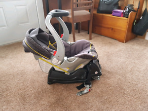 Baby Gear carseat with 2 bases
