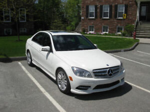 2011 Mercedes-Benz C-Class C-250 sport pack Berline