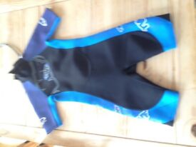 Men's lightweight shortie wetsuit size 34-36inches
