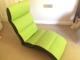 Plain lazy adjustable lounger chair