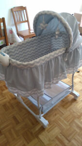 Billy bassinet excellent condition